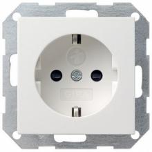 Розетка GIRA  глянец-белый 45303